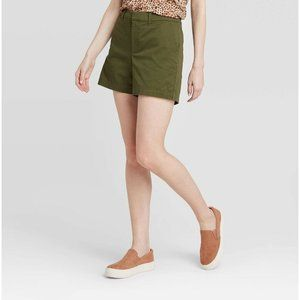 A New Day High Rise Midi Chino Shorts Green Size